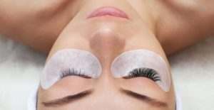 20% off eyelash extensions
